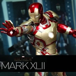 Iron Man Mark XLII (Sixth Scale Figure by Hot Toys)