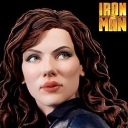 Black Widow - Scarlett Johansson (Premium Format Figure)