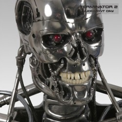 T-800 Endoskeleton (Scaled Replica)