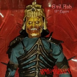 Evil Ash - Evil Dead Army of Darkness (Sixth Scale Figure by Shideshow Collectibles)
