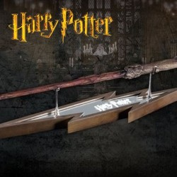 Harry Potter Wand Stand Display (Display by the Noble Collection)