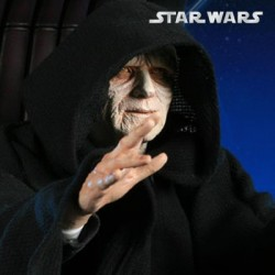 Emperor Palpatine and Imperial Throne (Premium Format™ Figure)