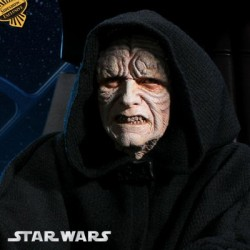 Emperor Palpatine and Imperial Throne - Exclusive (Premium Format™ Figure)