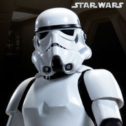 Stormtrooper (Premium Format™ Figure)