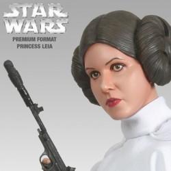 Princess Leia (Premium Format™ Figure)