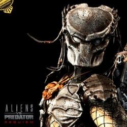 Wolf Predator - Exclusive (Polystone Statue)