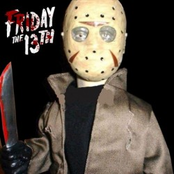 Jason Voorhees Friday the 13th (Muñeco Animado y Parlante )